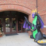 A dragon greets folks as they walk in.